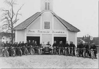 Vor dem alten Depot, 1916