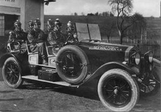 Umgebautes Taxi als Feuerwehrauto, 1934